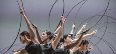 """Österreich-Premiere von Sidi Larbi Cherkaouis """"Noetic"""" und Saburo Teshigawaras """"Metamorphosis"""" im Festspielhaus St. Pölten. © Bengt Wanselius"""